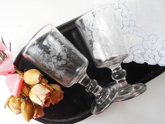 2 Antique Amitié Glasses French Friendship by LePetitPierrot