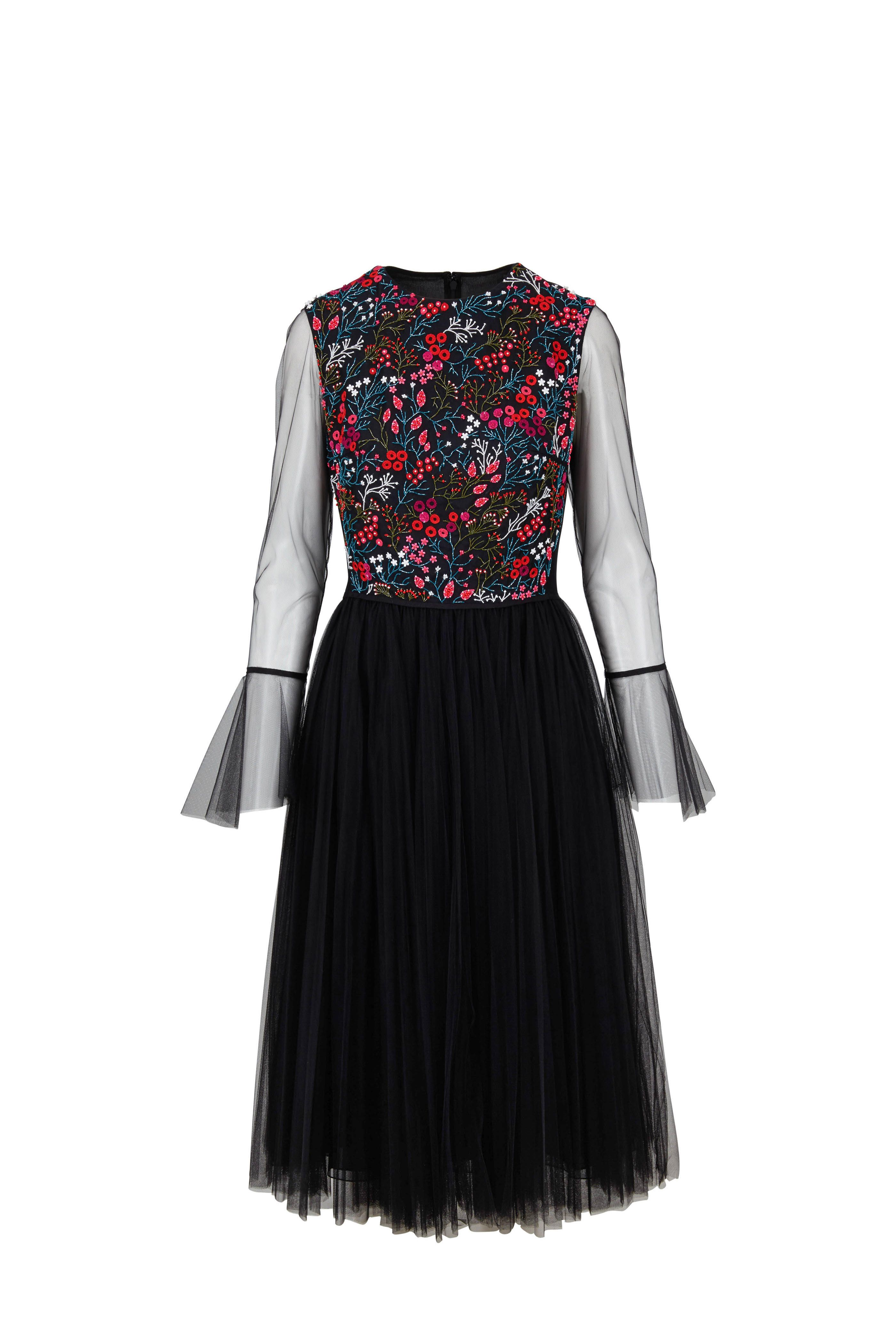 492bf7a9606aa1 Black Tulle Floral Embroidered Cocktail Dress in 2019 | Carolina ...