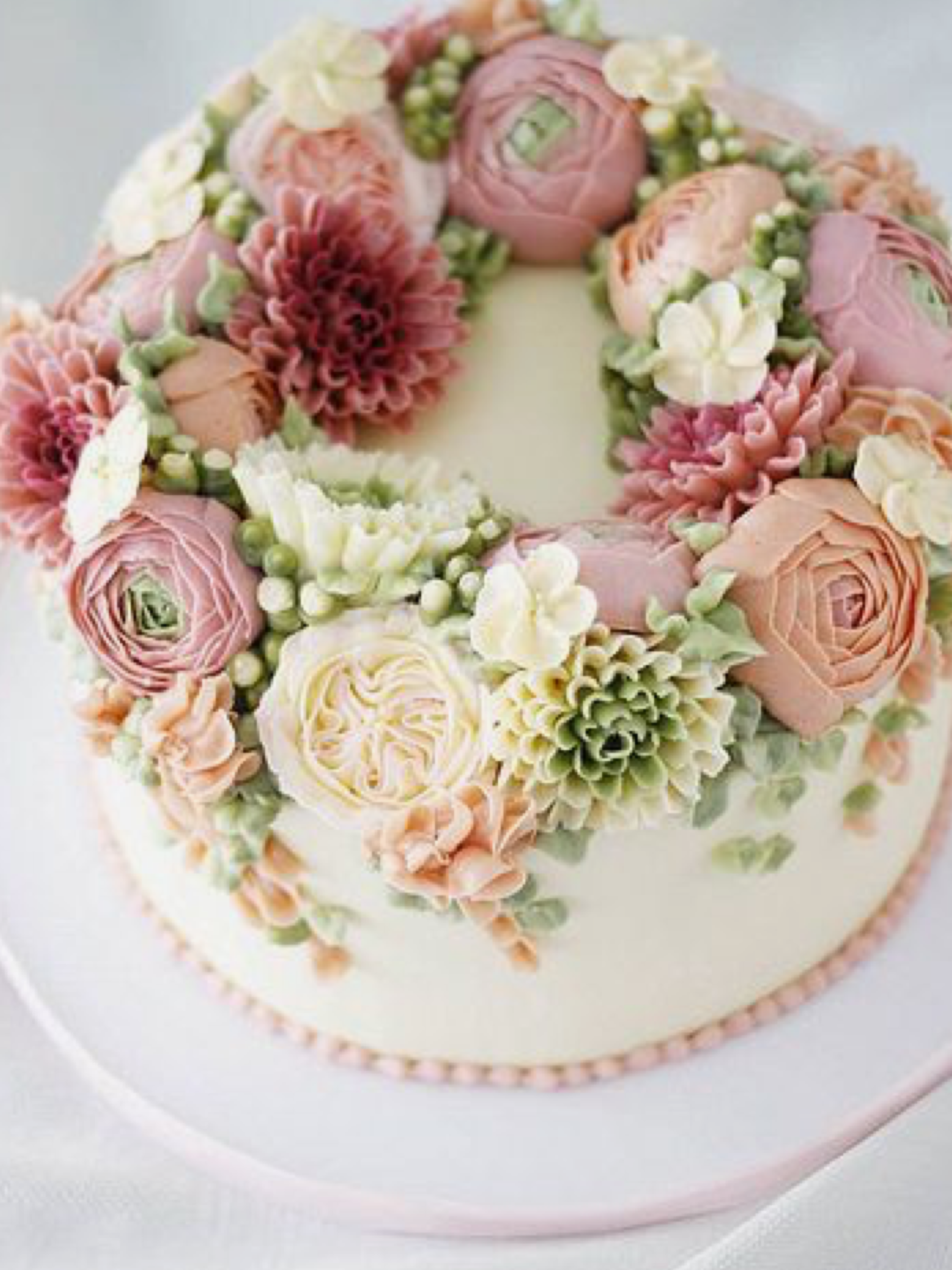 Pin by mela wilson on cakes i like pinterest cake decorating buttercream flower online class is now available pictured here is one out of the three cake projects you will learn in this class izmirmasajfo Image collections