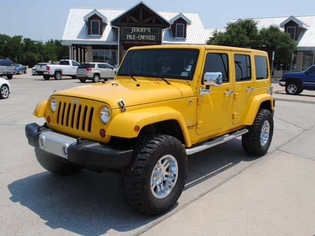 Bumblebee Of Jeeps I M Not A Big Fan Of Yellow At Al It Just To