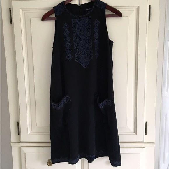 Madewelll embroidered silk dress Silk tunic dress with detailed embroidery- and pockets! Worn a few times; in good condition. Madewell Dresses