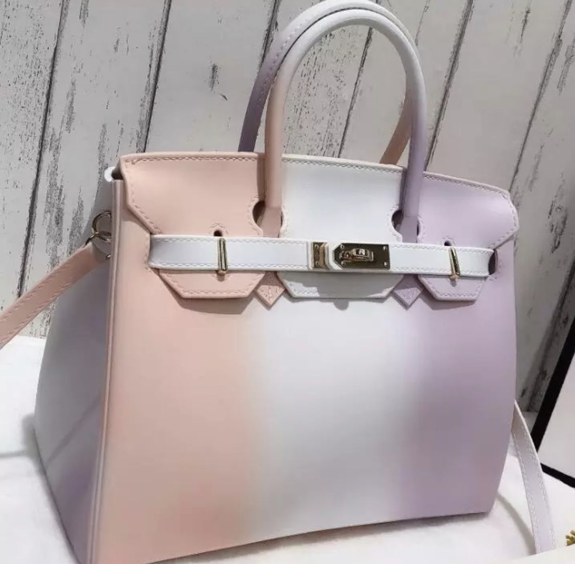 available in several colors jelly purse clear bags clear handbags pinterest