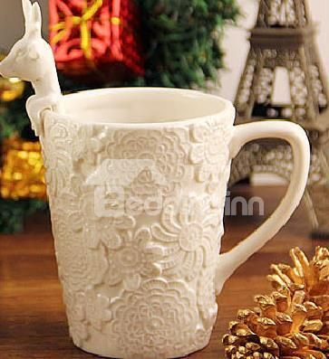New Arrival Lovely Embossed Flowers Design With Elk Spoon