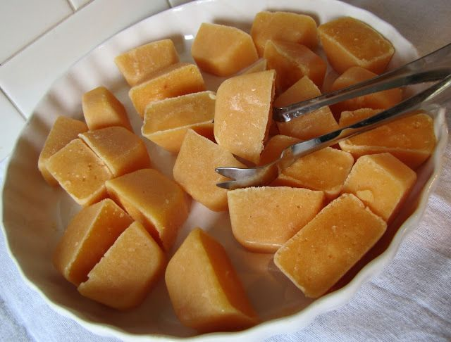 Mennonite Girls Can Cook: Peach Ice Cubes