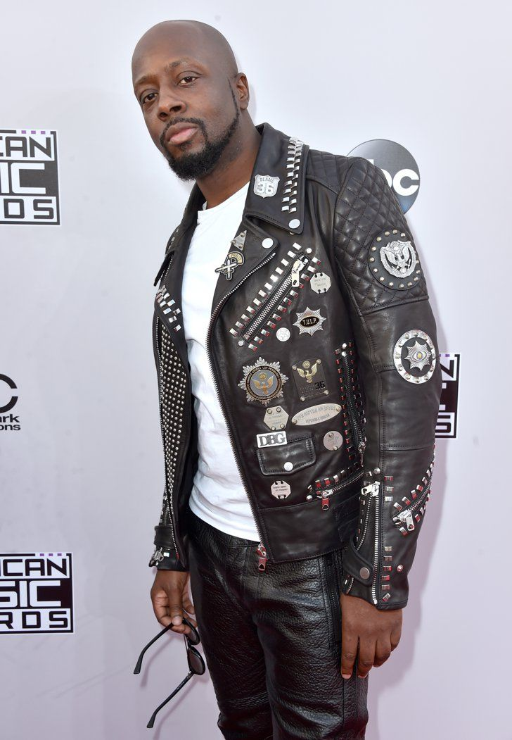 Pin for Later: Seht hier alle Stars auf dem roten Teppich bei den American Music Awards! Wyclef Jean