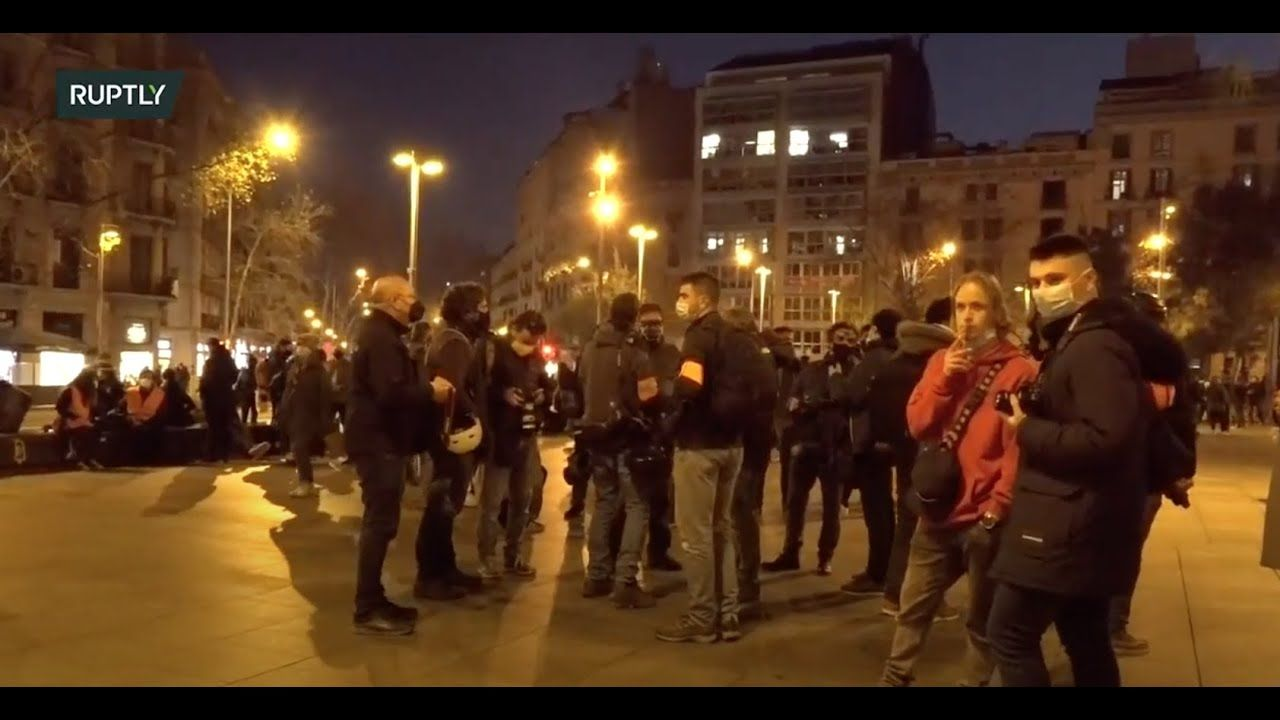 Pin By Salvador Mujal I Valls On Catalan Independence In 2021 Rapper Pablo Protest