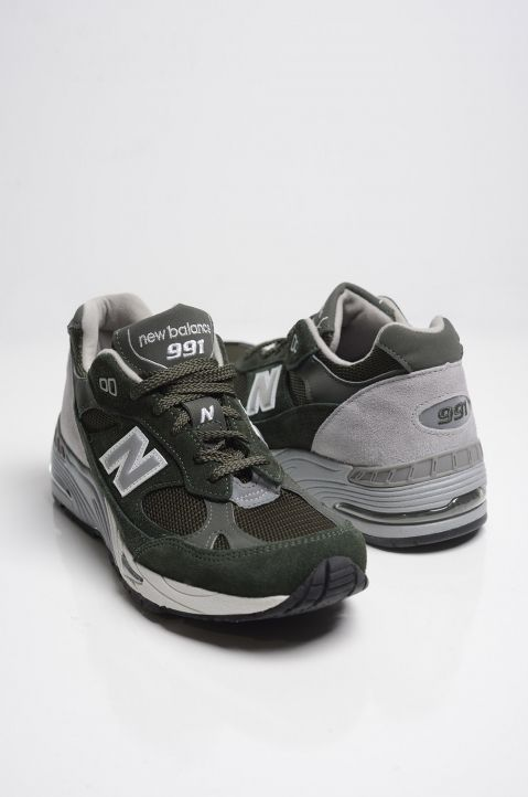 2c45e99b New Balance 991 | Cool Stuff | Sneakers, Green sneakers og Shoes