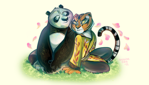 tortoisefeet:  omg after 7763748875 tries i think i finally learned how to draw po decently*adds blur for romantic effect*   I srsly HOPE this will happen in the 3rd movie, it's about time that Po and Tigress will have some at least a tiny bit of romance together.