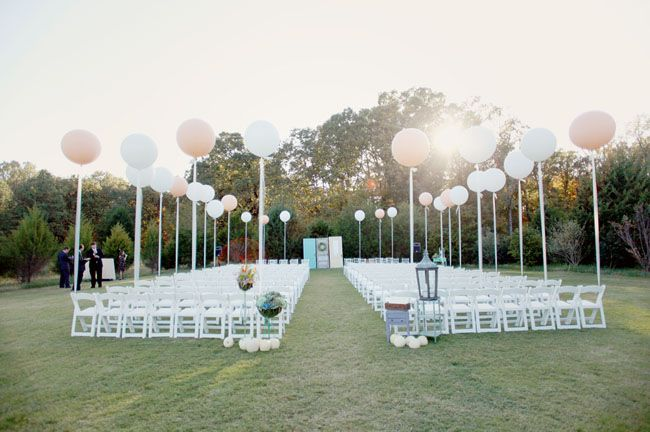 Schlaak Outdoor Wedding Balloon Idea Balloons In All The Photos As Table Centerpieces It Looks Super Cute Of Pins