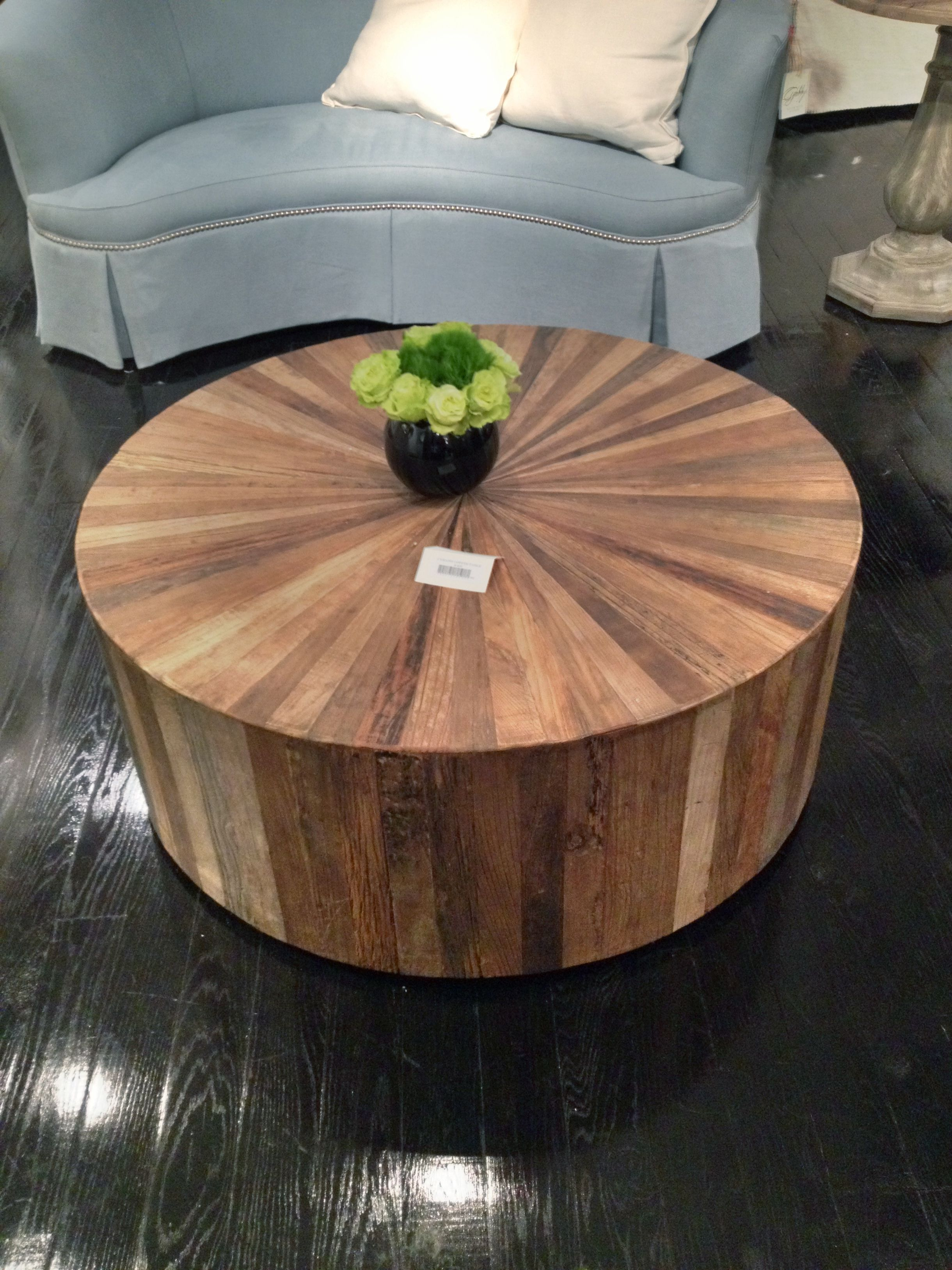 Round Wood Coffee Table Can You Make It Into A Storage Piece By Taking Off The Top A Project For Mat Round Wood Coffee Table Coffee Table Coffee Table Wood [ 3252 x 2440 Pixel ]