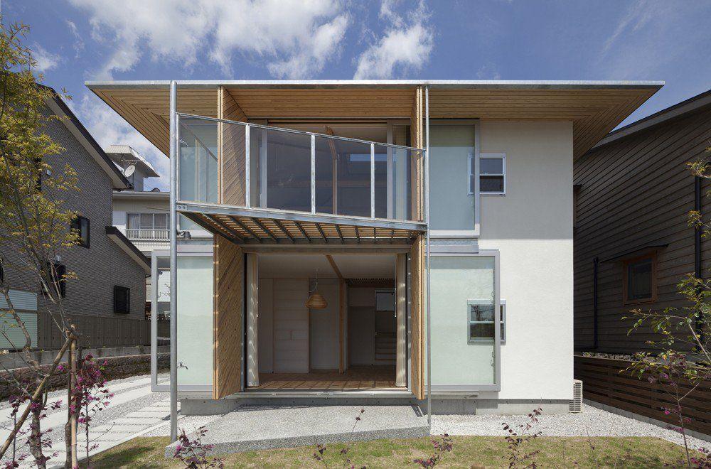 Hybrid Wooden House | Leibal