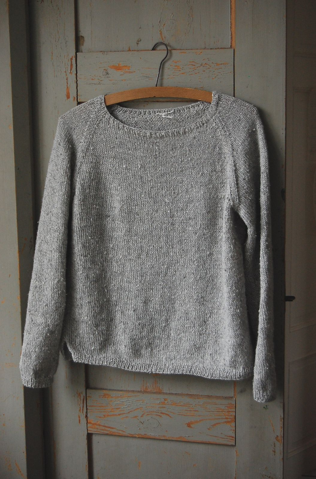 Silk Gray Pullover By Gralina Frie - Free Knitted Pattern ...