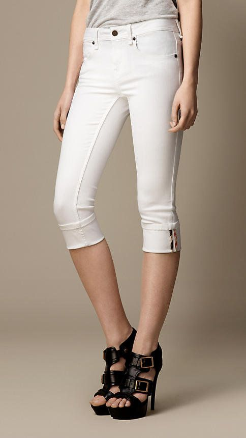 aa8d5a5687ca78 The Worst Jeans for Every Body Type - Yahoo! She Philippines ...