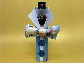 geldgeschenk flasche mit geldfliege diy tutorial. Black Bedroom Furniture Sets. Home Design Ideas