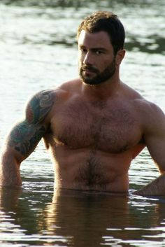 Muscle gay stud