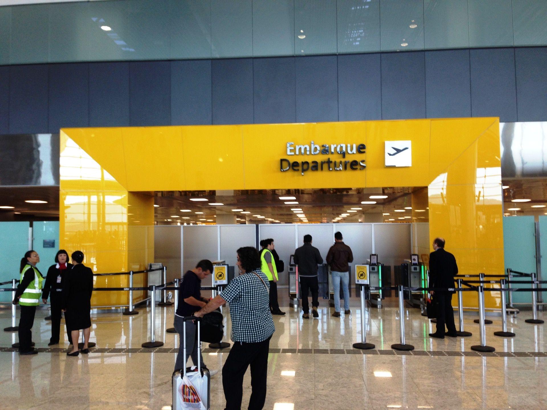 Aeroporto Gru : Aeroporto internacional de são paulo guarulhos gru em
