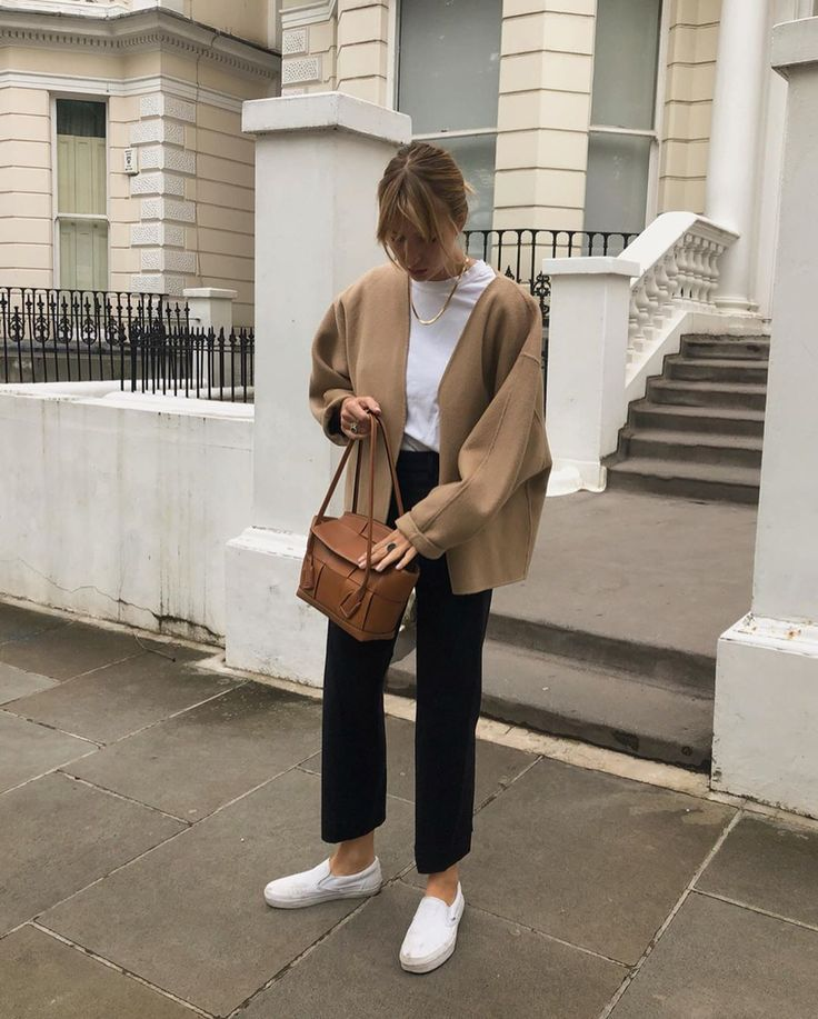 "Lizzy Hadfield on Instagram: ""Wool jacket and trousers and some dirty trainers that Mum doesn't approve of �"""