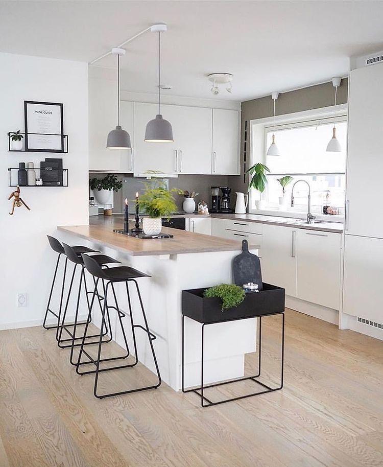 """Photo of Interior & Scandinavian Decor auf Instagram: """"Ich liebe die wunderschöne Küche von @happy_habitat. Nur noch 1 Ferm Living Large Plant Box in Grau ist in unserem Verkauf, verpassen Sie es nicht."""" – Welcome to Blog"""