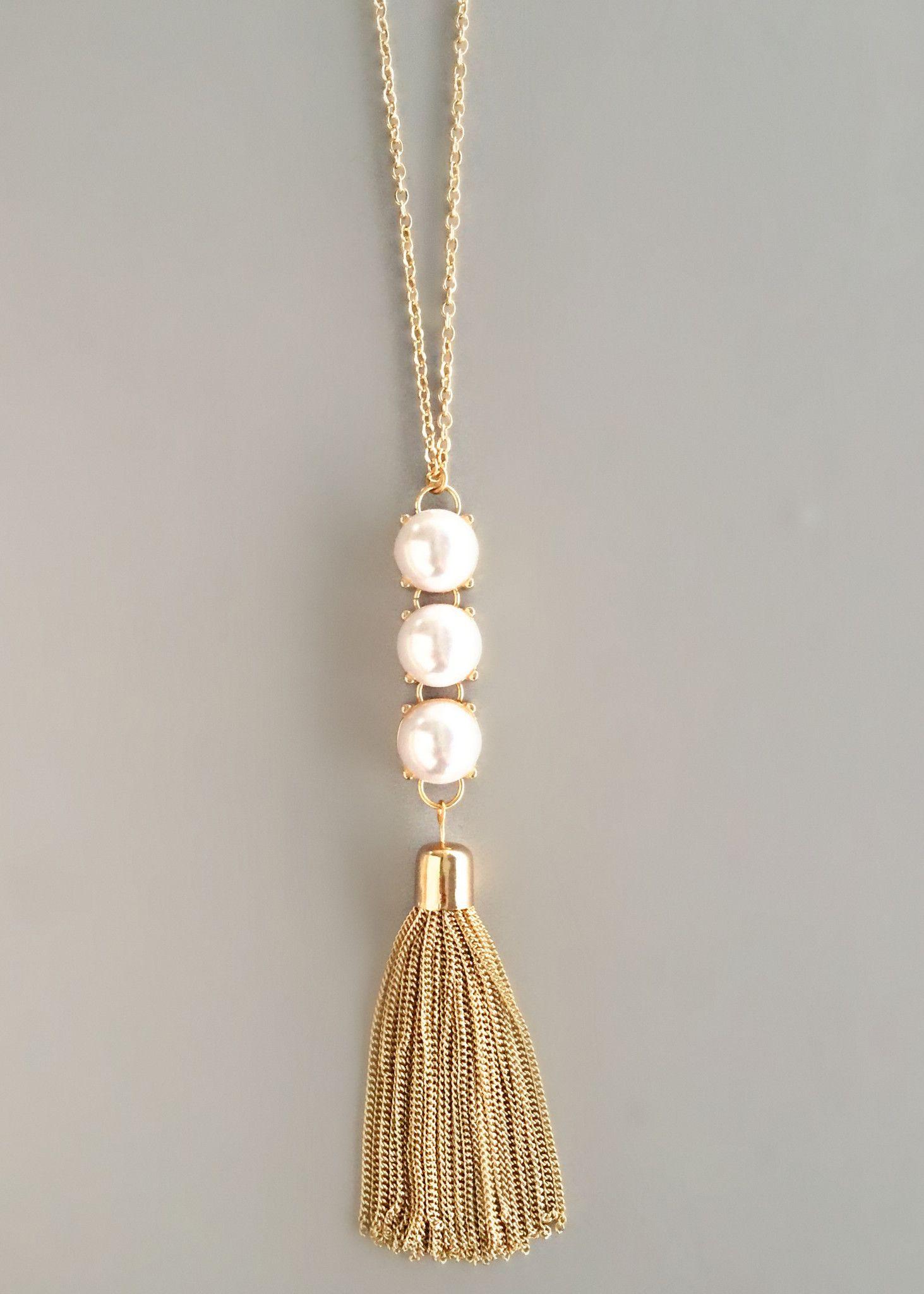 1a094c38b2a5 Cadenas y perlas