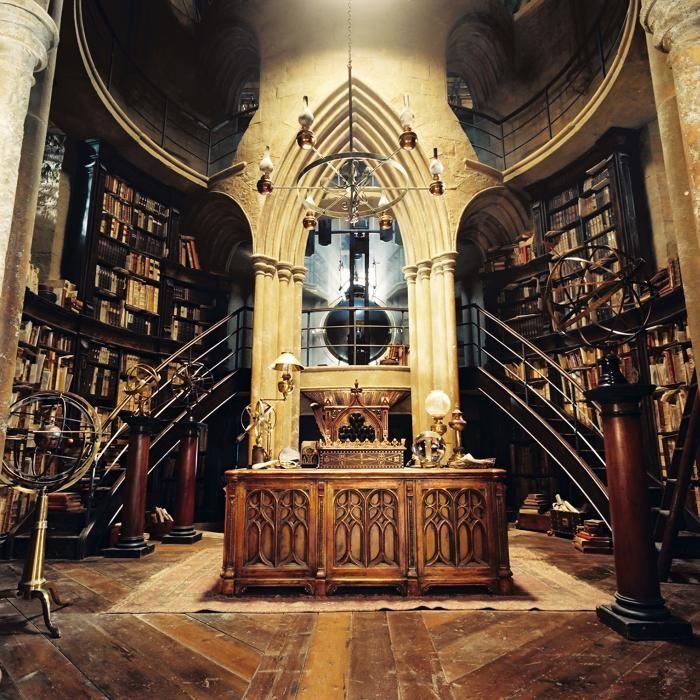 hogwarts set harry potter and the chamber of secrets dumbledore 39 s office harry potter. Black Bedroom Furniture Sets. Home Design Ideas