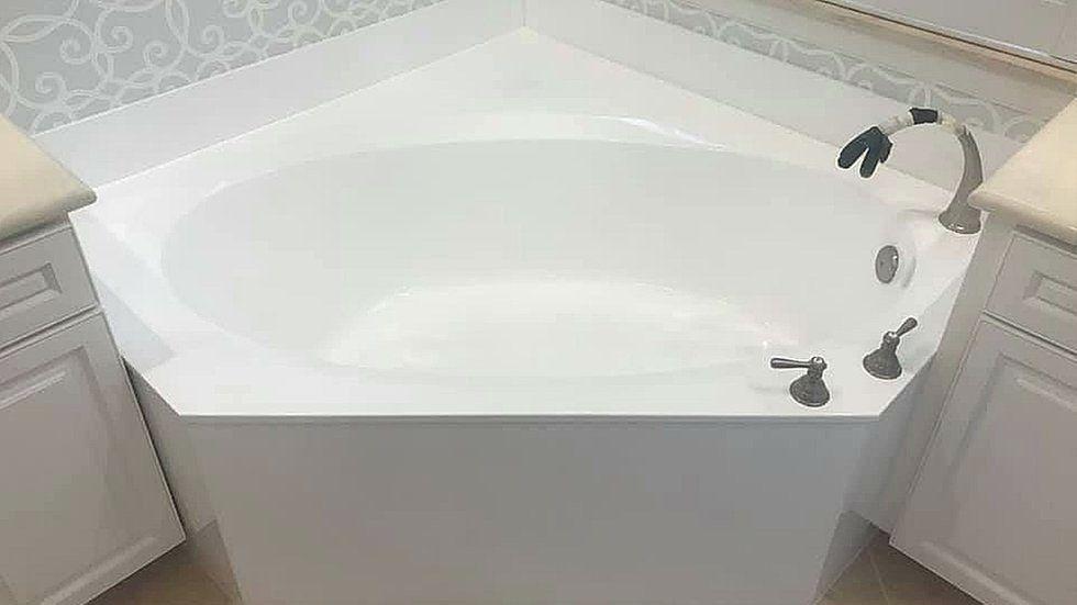 Pin By Dr Resurface On Https Www Drresurface Com In 2020 Refinish Bathtub Bathtub Best Bathtubs