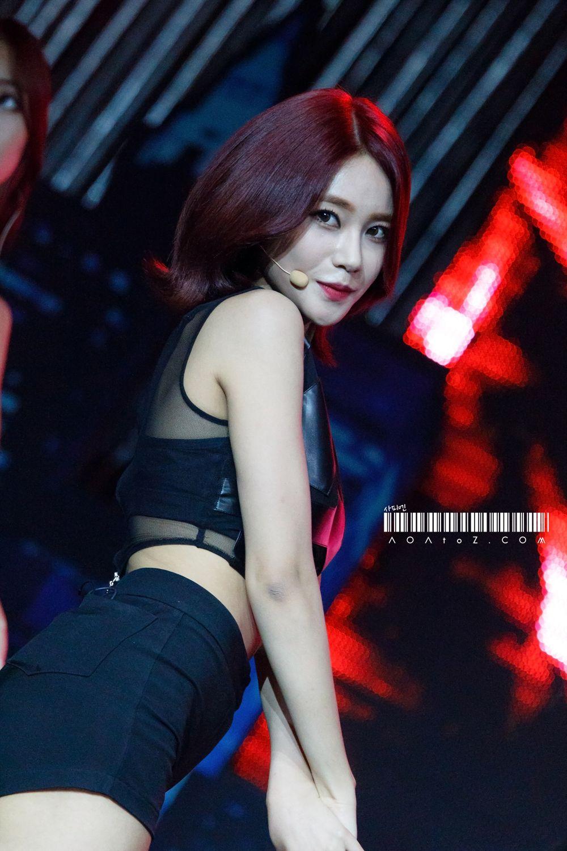 AOA Yuna !! 'Like a cat' live | Aoa, Girl group, Like a cat