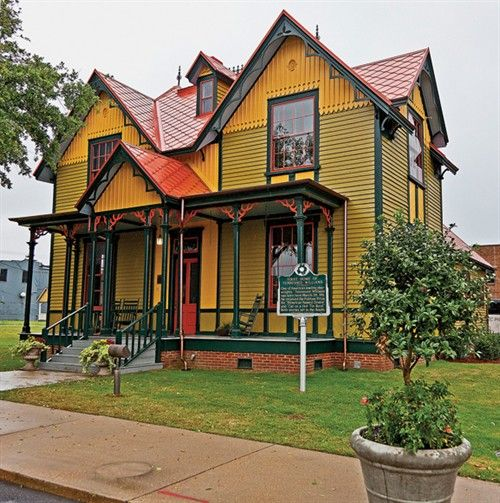 Home Of Tennessee Williams Historic Homes Antebellum Homes Columbus Mississippi