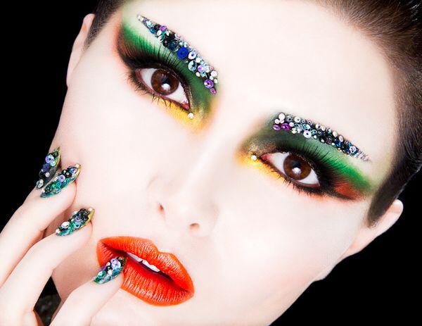 Imagen de http://www.webdesignburn.com/wp-content/uploads/2012/06/make-up-8.jpg.