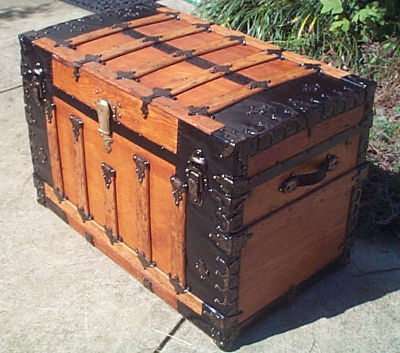 Red Antique Flat Top Trunk For