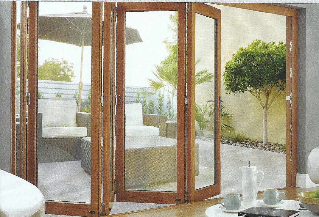 amazing folding doors (love that they are wood, not white pvc ...