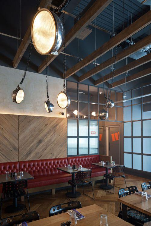 Jamie-s-italiano-in-Westfield, Stratford-City-Blacksheep-Jamie-Oliver-photo-Gareth-Gardner-Yatzer-GHH fari illuminazione