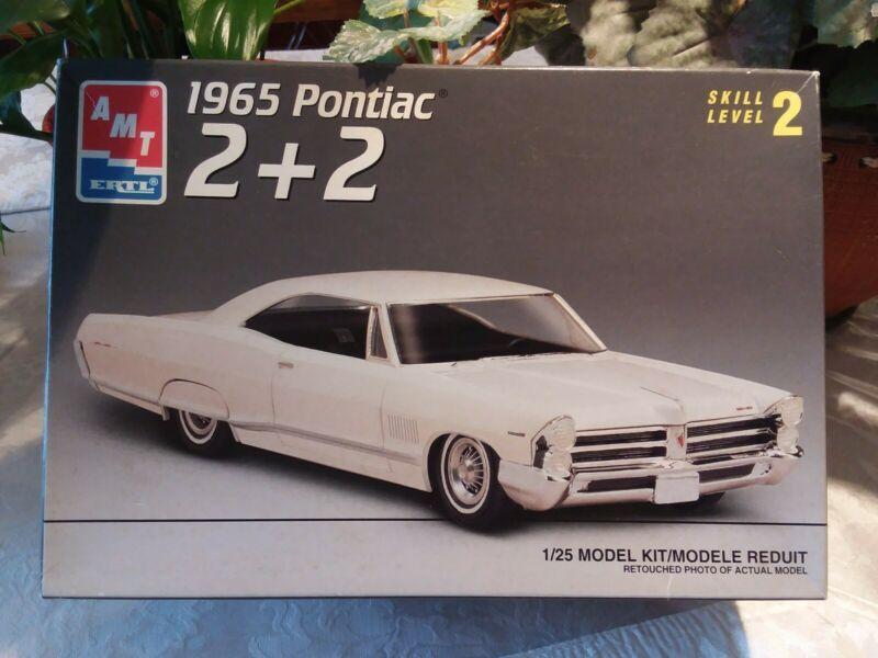 1 25 Amt 65 Pontiac 2 2 Model Car Kit Model Cars Kits Plastic Model Kits Plastic Model Cars