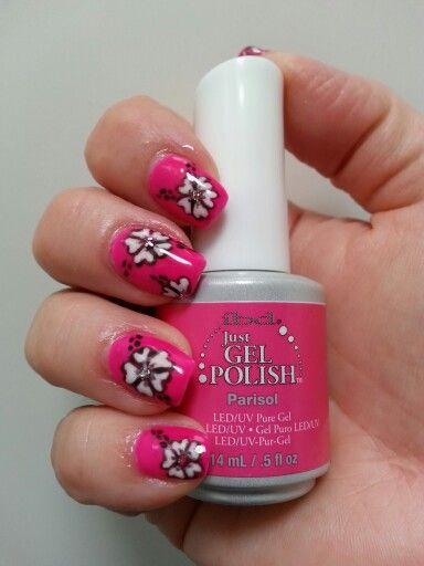 IBD nail art