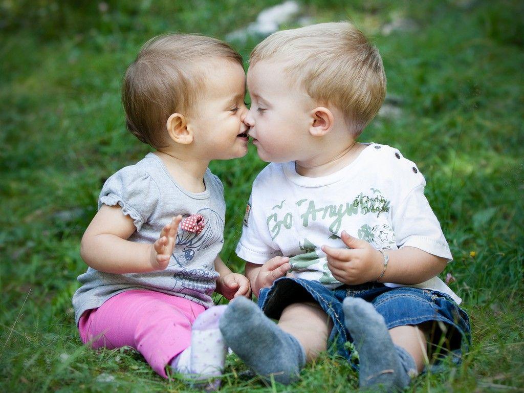 Kids Kissing Wallpaper Download Best Kids Kissing Wallpaper For