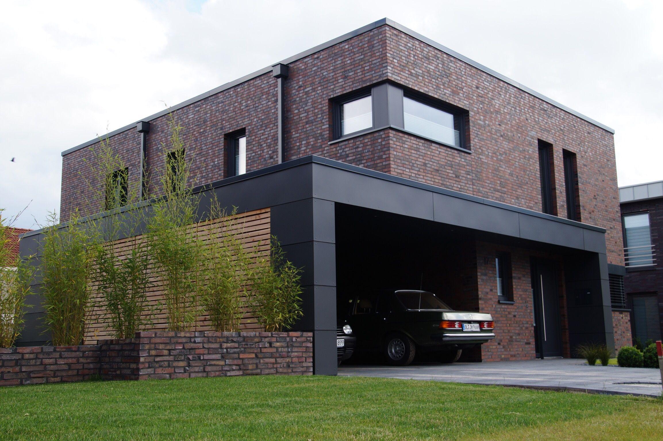 kubushaus klinker hagemeister l beck trespa ral 7016 fa ade pinterest. Black Bedroom Furniture Sets. Home Design Ideas