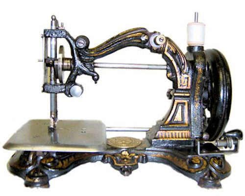 Early Singer Sewing Machine With Cast Iron Base Sewing Machines In Magnificent Early Singer Sewing Machine