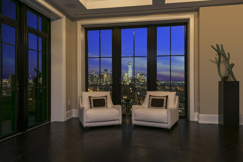 Luxury Apartment With Skyline View Jpg 1 240 826 Pixels Luxury Homes Luxury Apartments City View Apartment