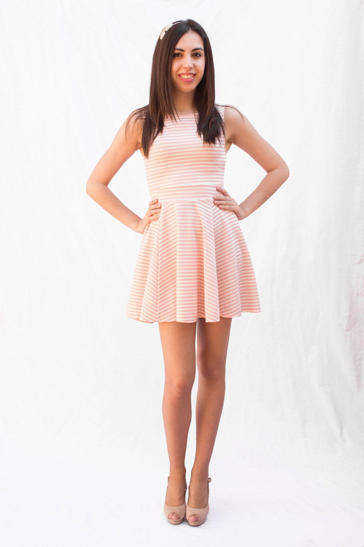 Vestido Patinadora | Vestidos | Pinterest | Nos gusta, Las modelos y ...