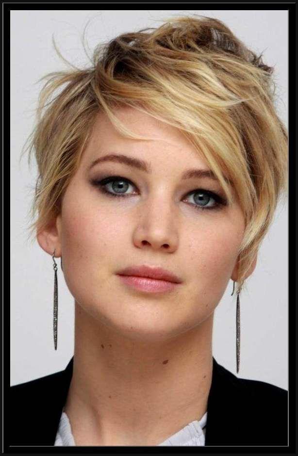 Hervorragend Frisuren Frauen Rundes Gesicht Porträt Beste