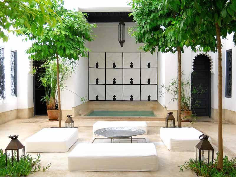 Découvrez une sélection de riads de charme à marrakech consultez le descriptif les photos et les avis clients réservez votre séjour au riad dar k