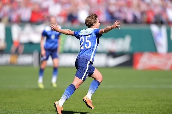Meghan Klingenberg vs. New Zealand, April 4, 2015. (U.S. Soccer)