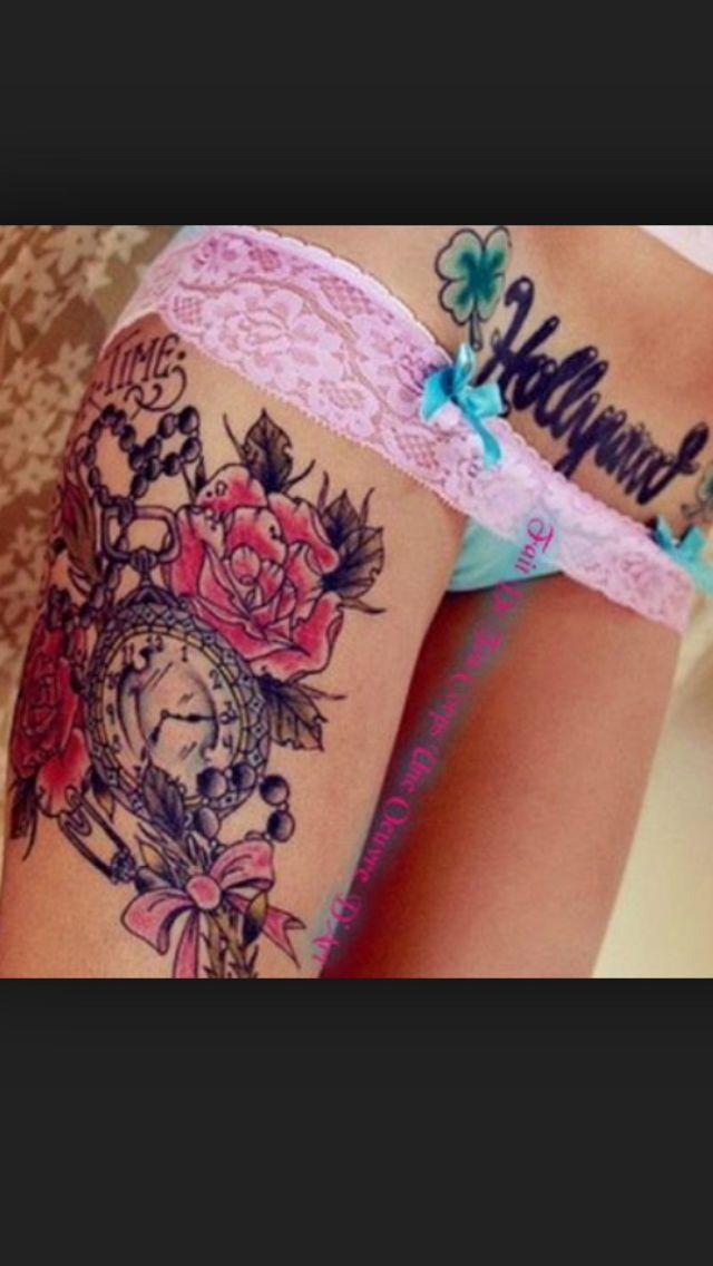 tatouage cuisse femme rose et horloge tatoo piercing. Black Bedroom Furniture Sets. Home Design Ideas