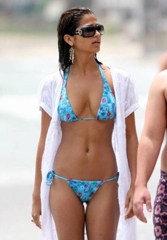 Camila alves bikini pics — 5