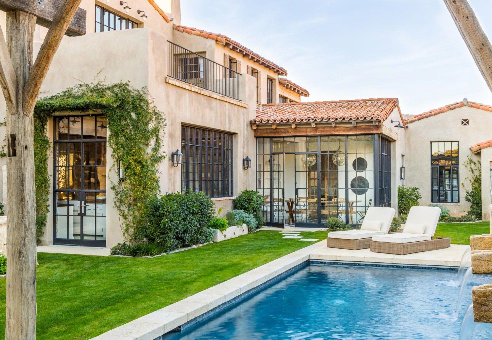 Cette maison à la décoration provençale n'est pas en Provence mais bien plus loin - PLANETE DECO a homes world