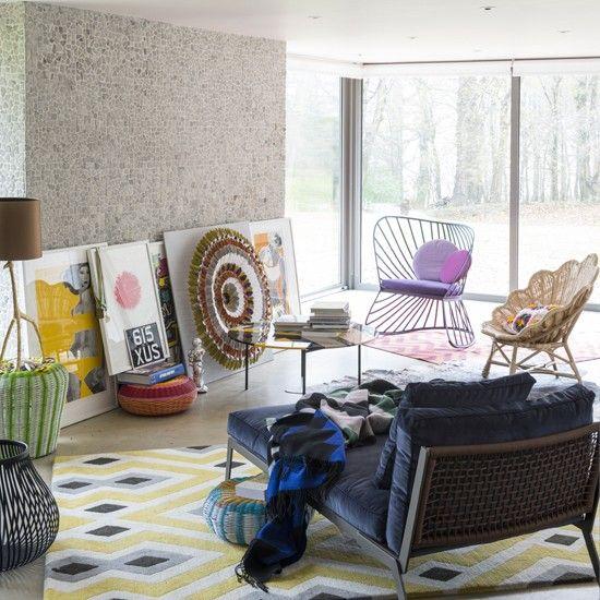 Beautiful Cream Living Room: Modern Living Room Ideas