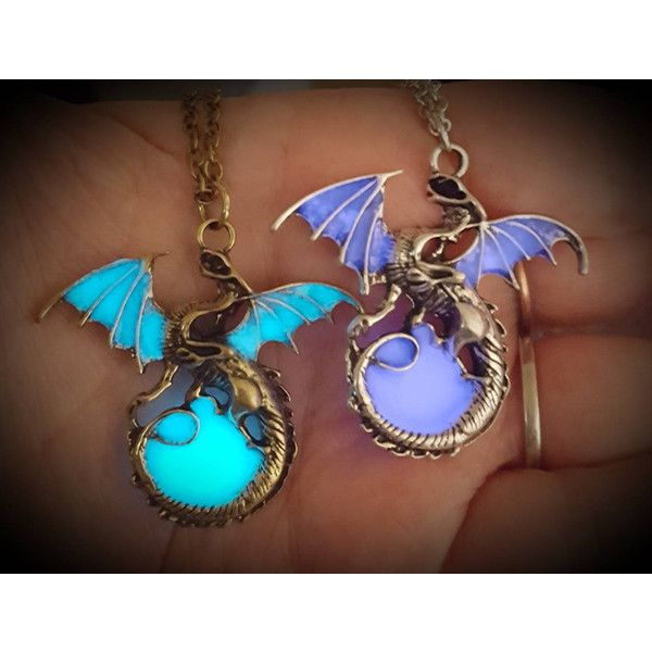 Dragon necklace inspired by Mal Descendants