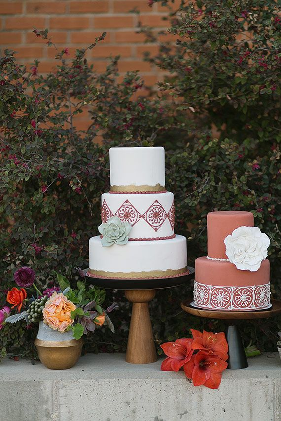 Spanish Terra cotta wedding inspiration | Photo by Charla Storey Photography | Read more - http://www.100layercake.com/blog/?p=72010
