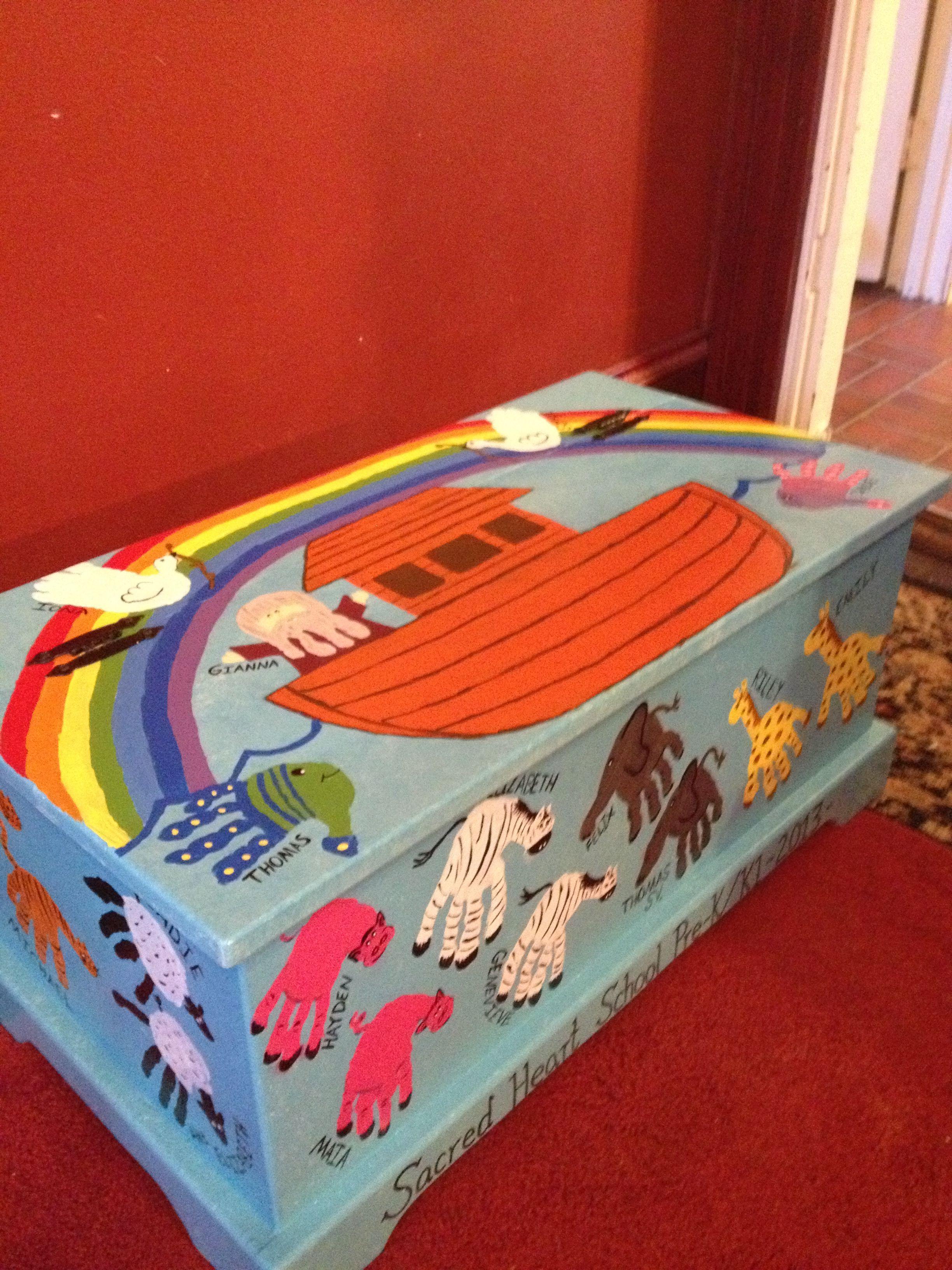 Class Auction Pre K Toy Box Handprint Noah S Ark Toy Box