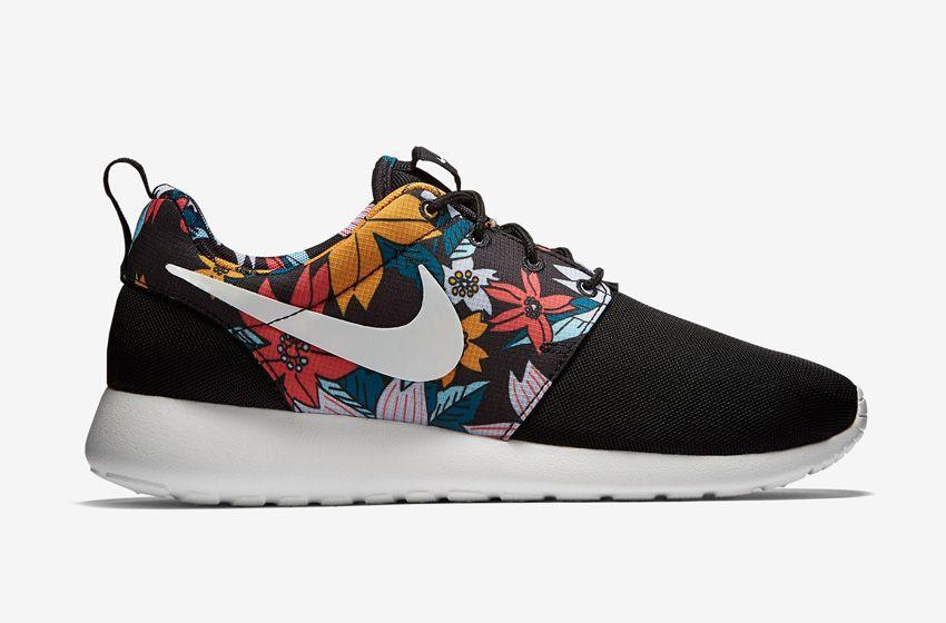 sale retailer a6c28 755fb Nike Roshe One – dámské boty, běžecké tenisky, černé, barevný květinový  motiv – Roshe Run  nike  rosheone  rosherun  floral  aloha  print  black   sneakers ...