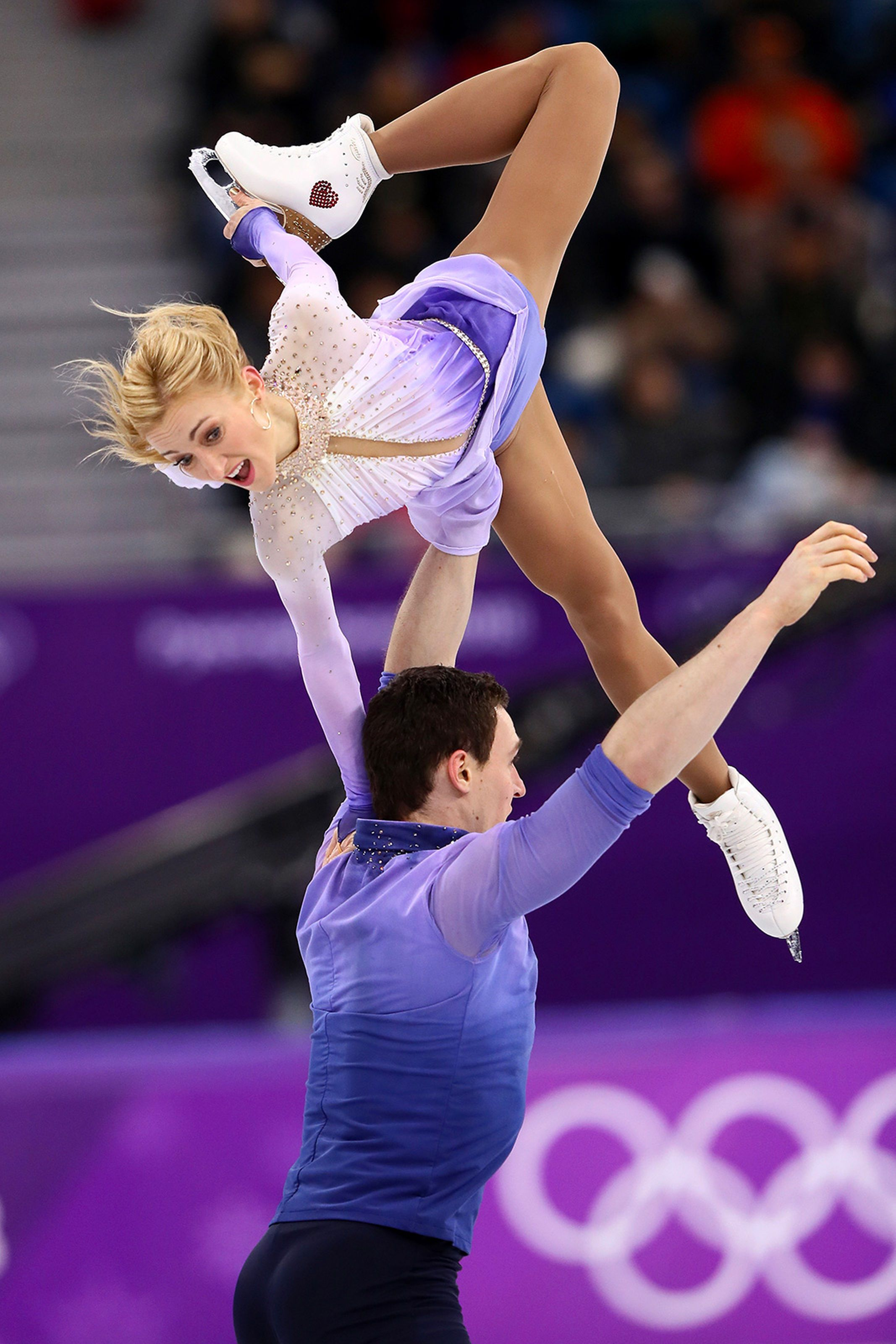 Germany's Aljona Savchenko and Bruno Massot wowed the
